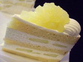 パティスリーSATSUKIスーパーメロンショートケーキ