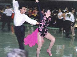 競技ダンスではラテンで好成績
