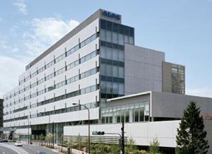 2010年4月竣工の新本社は建築環境総合性評価システム「CASBEE」最高のSクラス